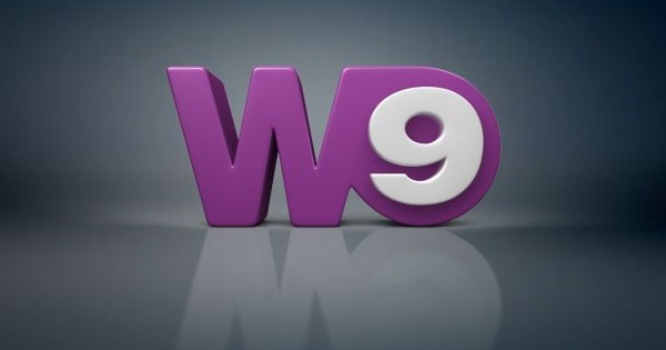 W9 en direct a l'etranger