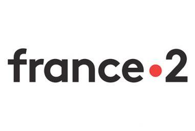 Comment débloquer et regarder France 2 en direct à l'étranger ?